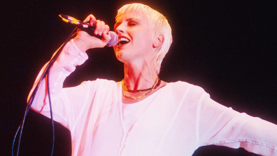 "I Cranberries pubblicano ""All Over Now"", un ultimo brano con Dolores O'Riordan"