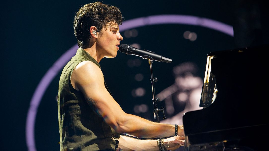 Shawn Mendes: ecco il sexy video di If I Can't Have You