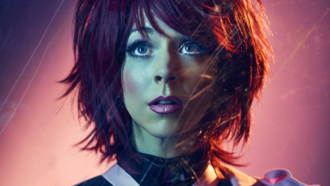 Lindsey Stirling: la nuova versione di The Upside con Elle King