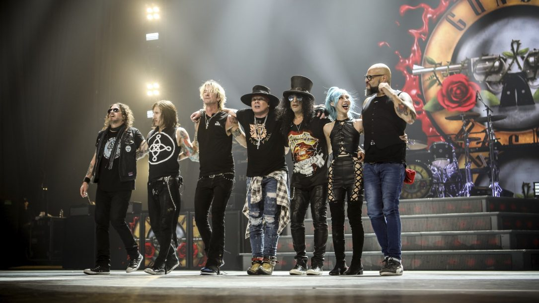 Guns n' Roses, credits Tim McWilliams