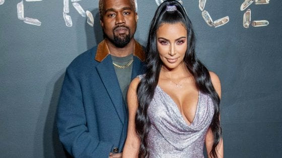 Kanye West e Kim Kardashian alla sfilata di Versace a New York nel 2019, Roy Rochlin/Getty Images